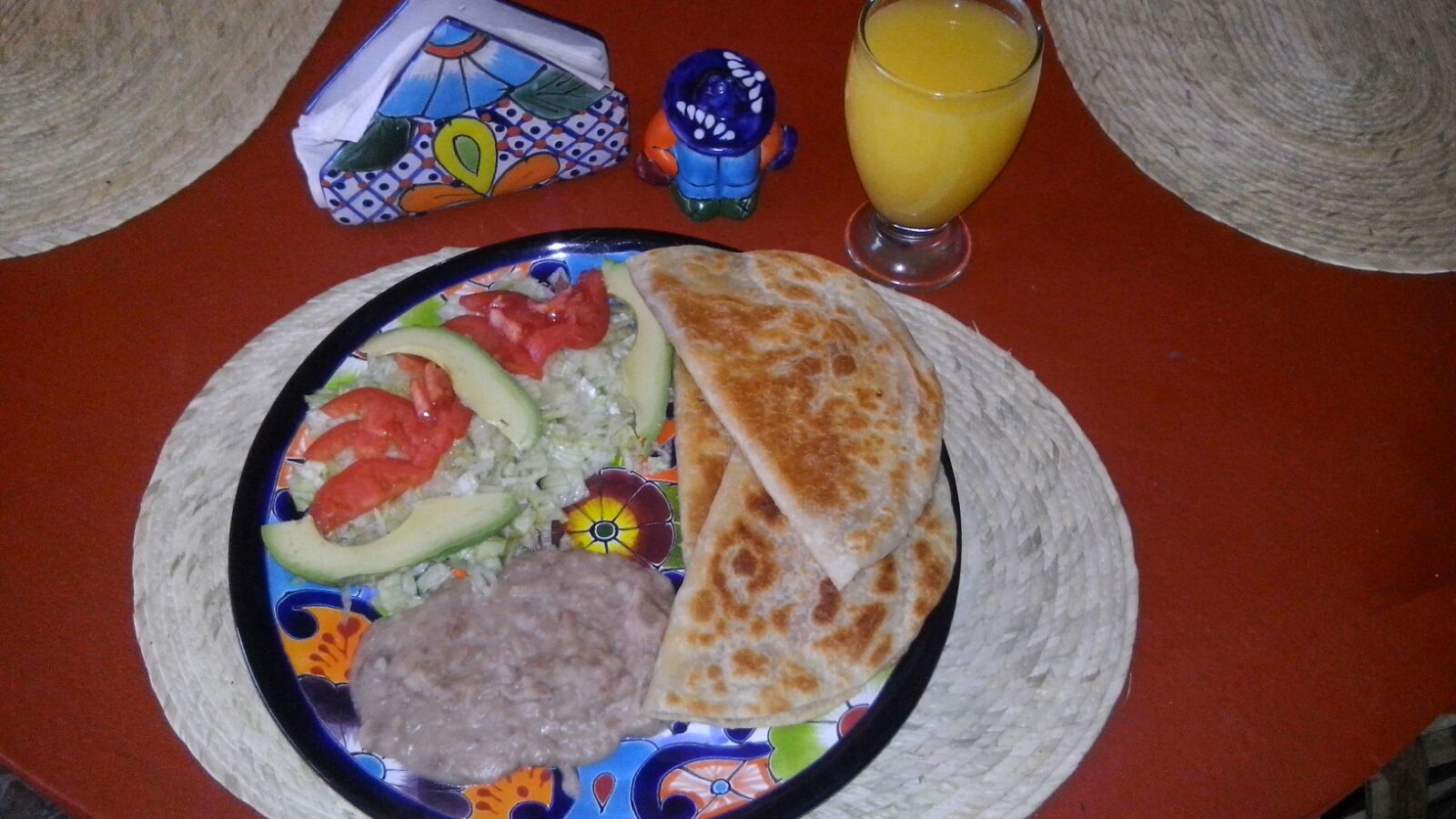 Quesadilas,salad & cream of beans ...